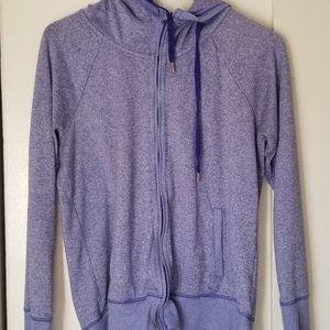 3/$30 Gap Fit Size M sweatshirt Lavendar